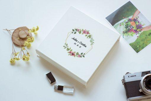 Caja para fotografías y pendrive para bodas